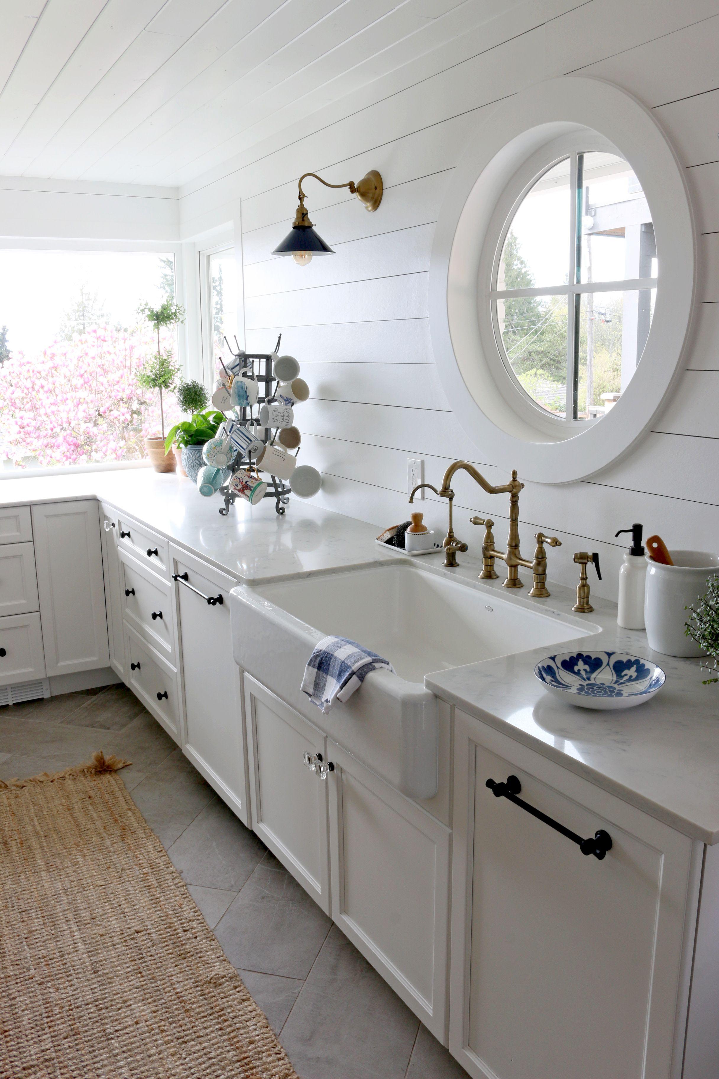 Best Carrara Gioia Quartz Marble Alternative Kitchen Corner 400 x 300