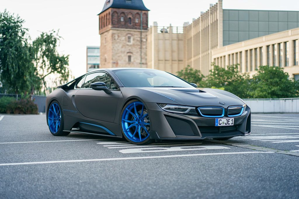 German Special Customs gives the BMW i8 a Fresh Style