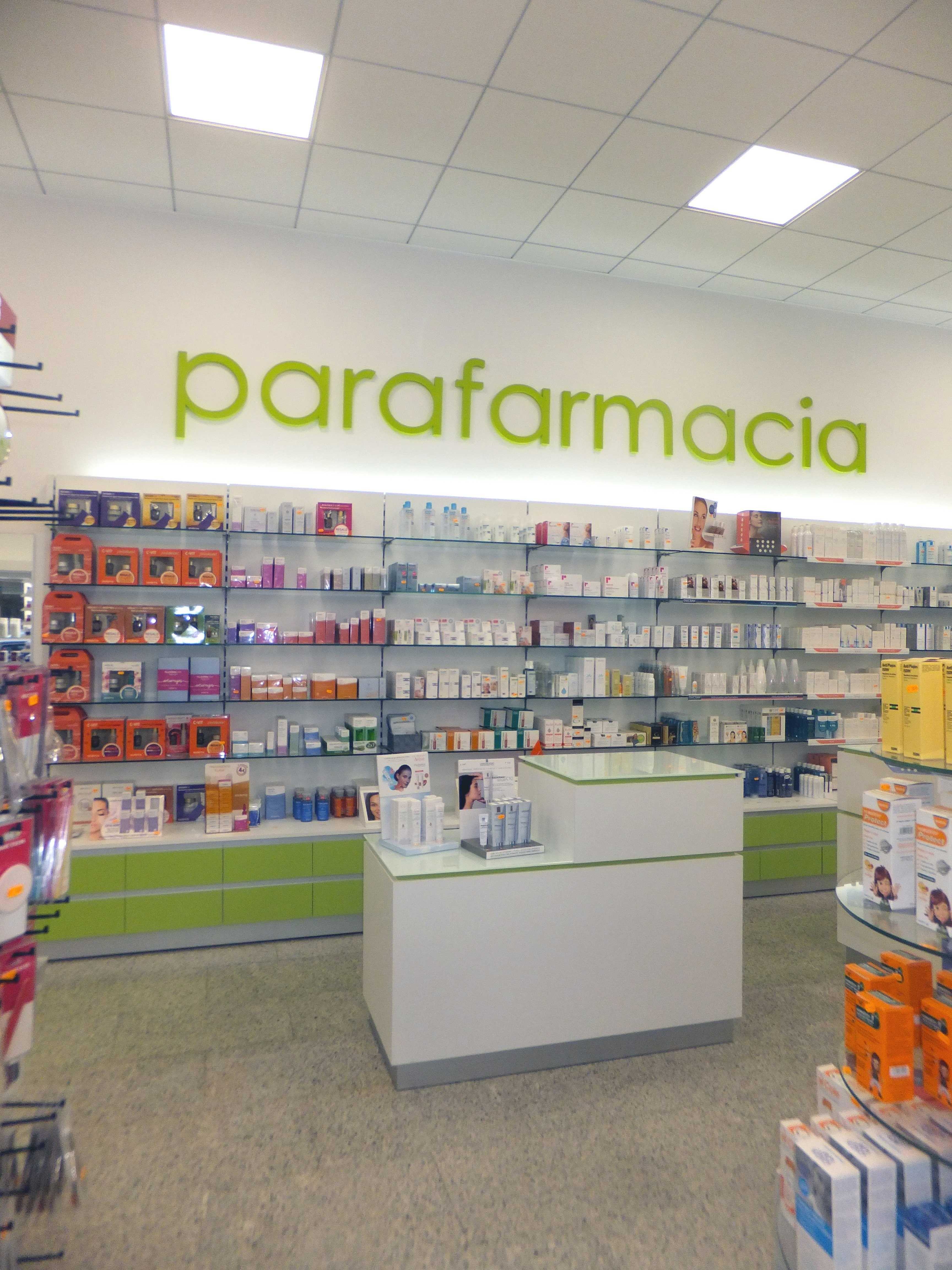 Parafarmacia Azorin Con Imagenes Decoracion De Unas Farmacia
