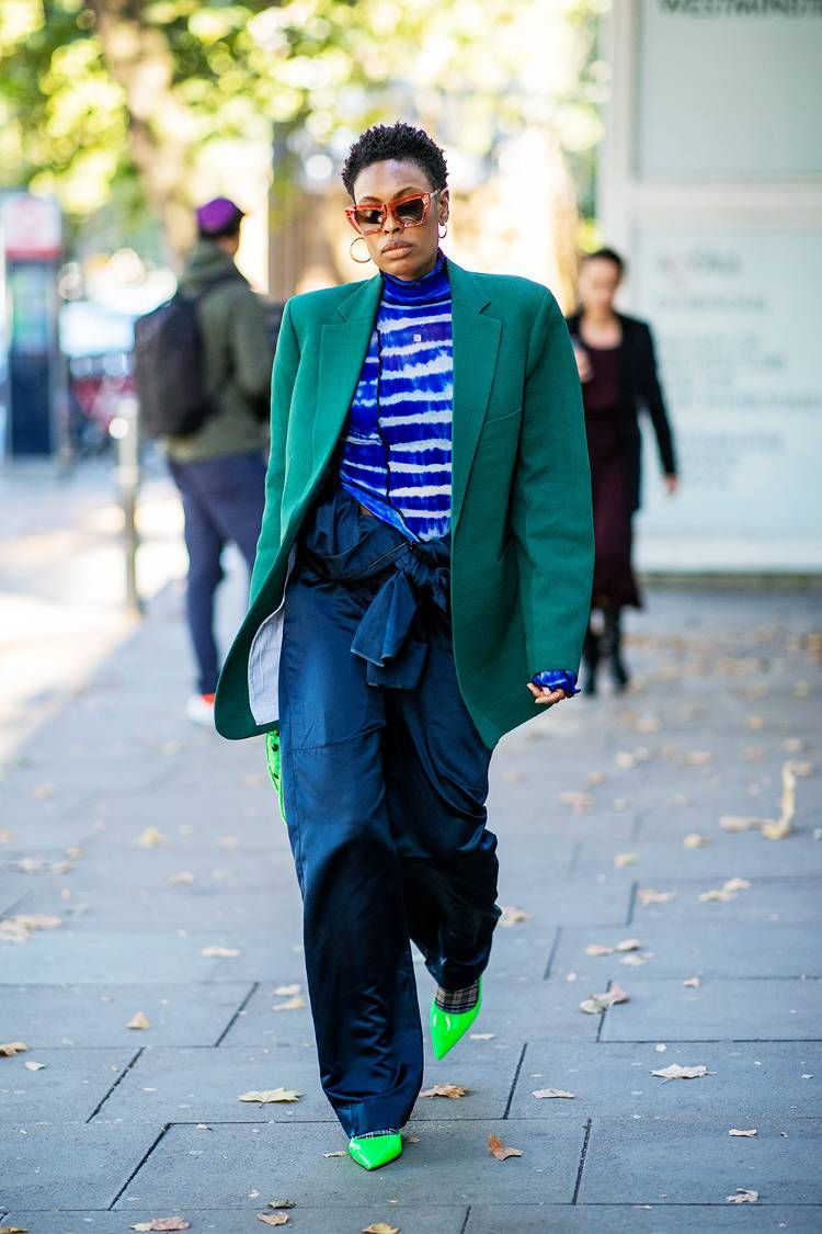 Watch London Fashion Week street style: the coolest looks off the runway video