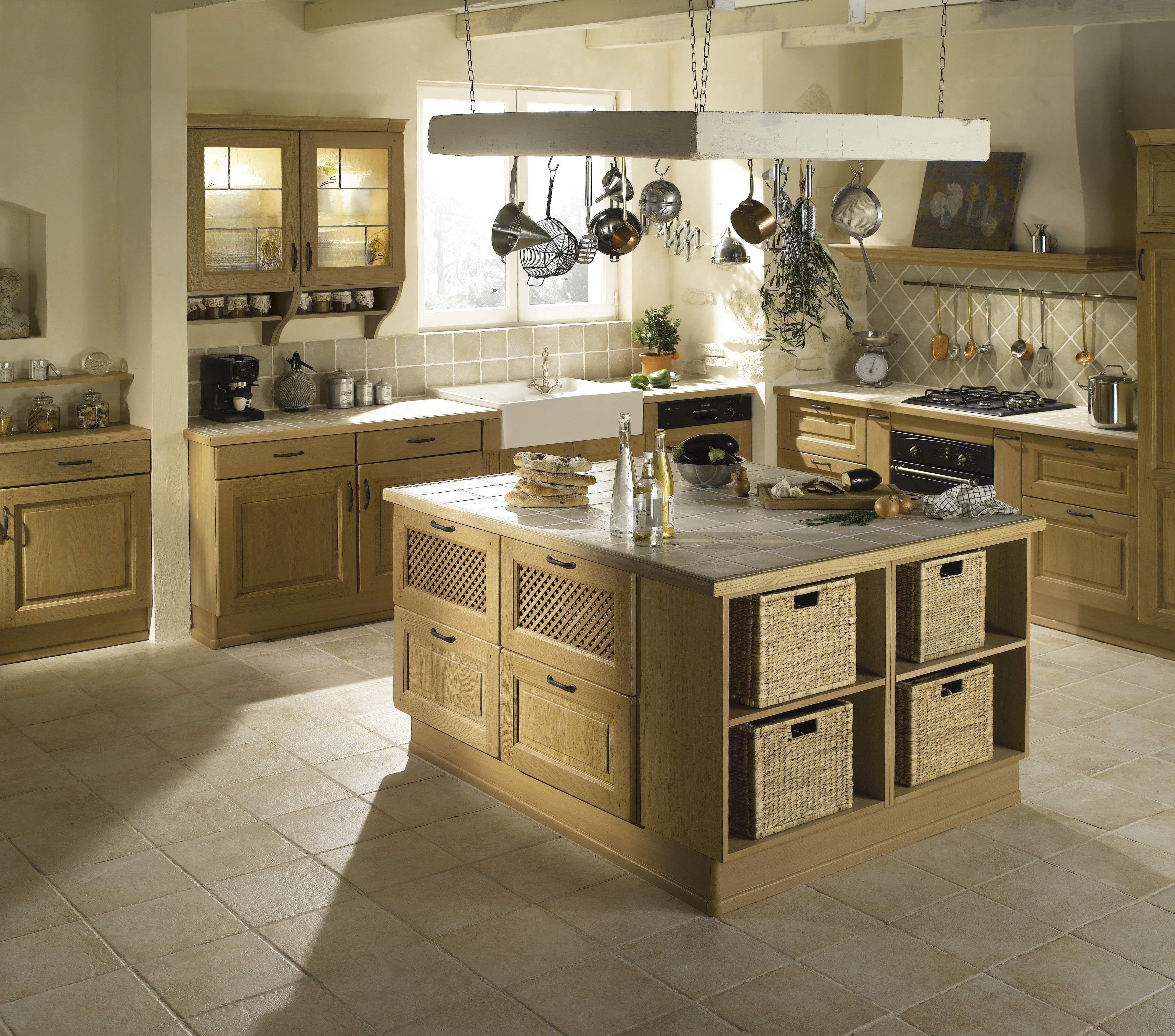 cuisine domaine clair patine le mod le domaine vous offre une cuisine campagnarde l. Black Bedroom Furniture Sets. Home Design Ideas