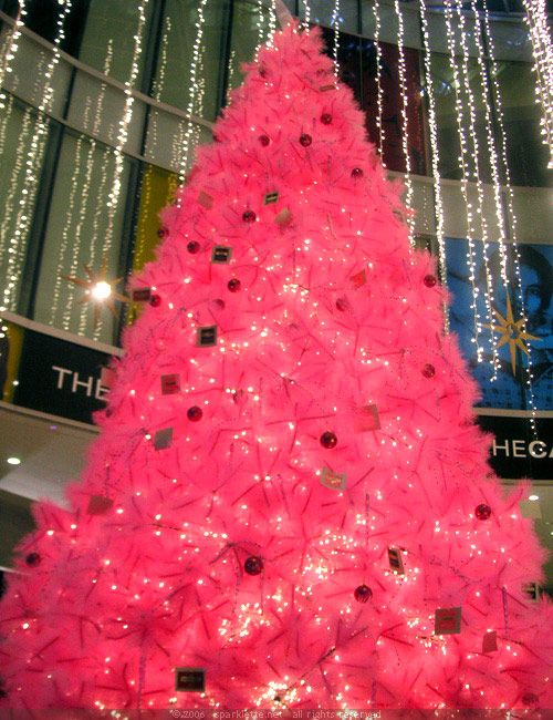A large pink Christmas tree  As seen on Sparklette.net