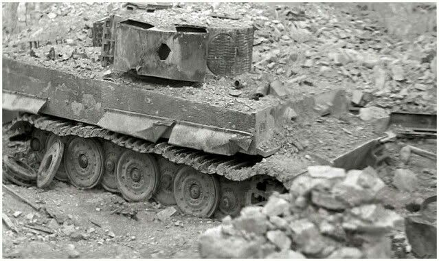 A Late Variant Tiger 1 Destroyed By A Piercing Hit To The