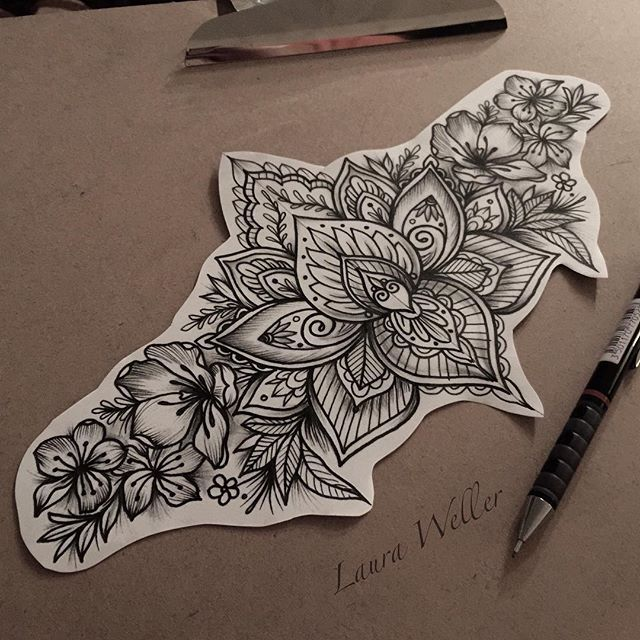 Flores Reais Com Mandala Tattoo Ideas Tattoos Sternum Tattoo