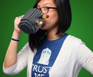 $39.95 USD : Lego Coffee Mug – Have your coffee and build it too!