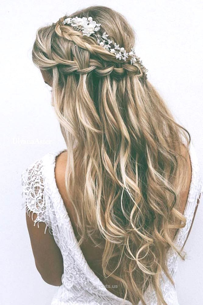 Check out our photo gallery featuring the fanciest prom hairstyles for long hair… Check out our photo gallery featuring the fanciest prom hairstyles for long hair. It is the right place to make the perfect choice.  http://www.tophaircuts.us/2017/05/09/check-out-our-photo-gallery-featuring-the-fanciest-prom-hairstyles-for-long-hair-2/