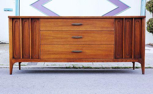 Kent Coffey Townhouse Triple Dresser Natoma Master Bedroom - Kent coffey bedroom furniture