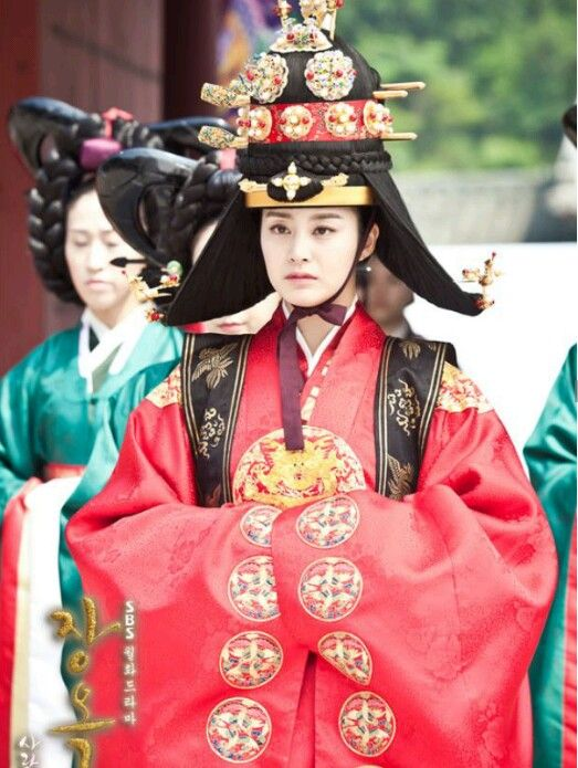 Kim tae hee / Jang ok jung, live in love / hanbok