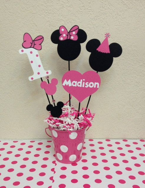 Minnie mouse birthday decoration centerpieces for Baby minnie mouse decoration ideas