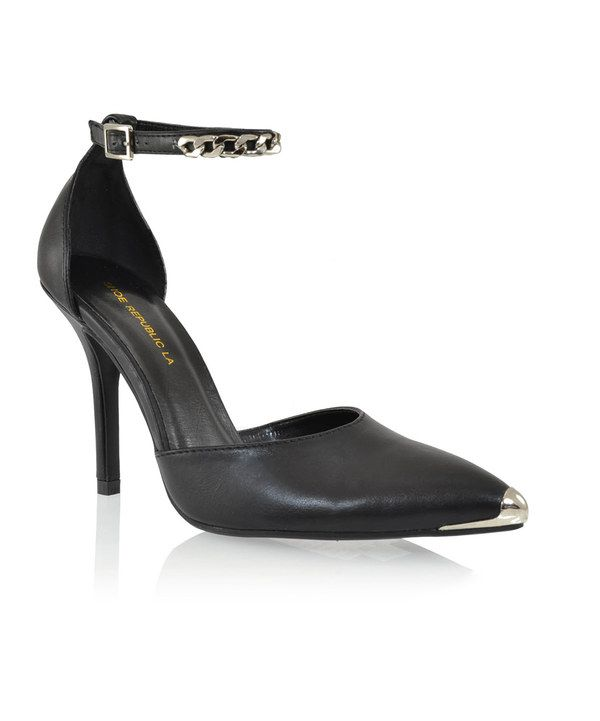 Take a look at this Black Yurman Pump on zulily today
