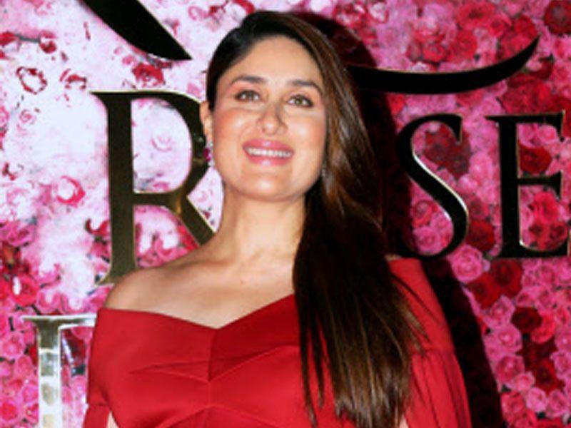 Breaking Kareenakapoorkhan Gives Birth To A Baby Boy Kareena Kapoor Khan Kareena Kapoor Bollywood