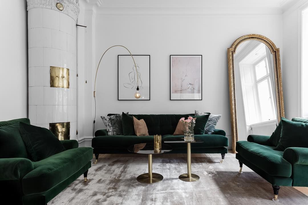 Luxurious Scandinavian Living Room With Emerald Velvet Howard Furniture Shifting Viscose Rug In Grey Bras Elegant Living Room Parisian Interior Room Interior