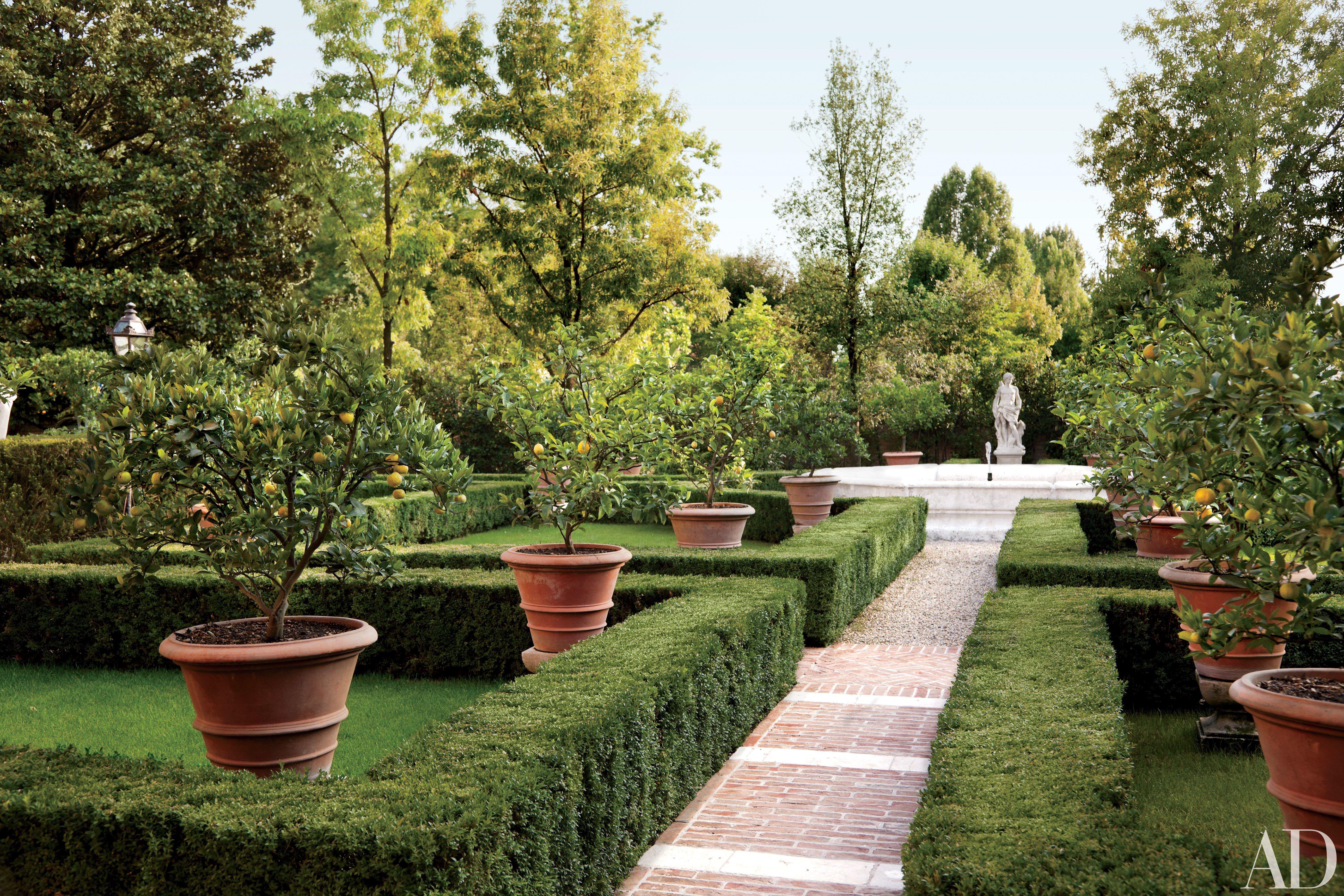 52 beautifully landscaped home gardens gardens formal gardens rh pinterest com