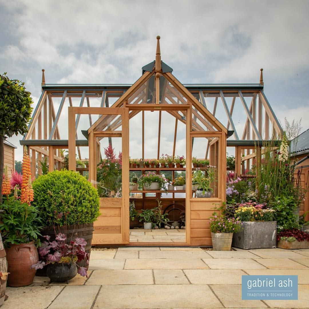 The RHS Portico Victorian greenhouses, Build a