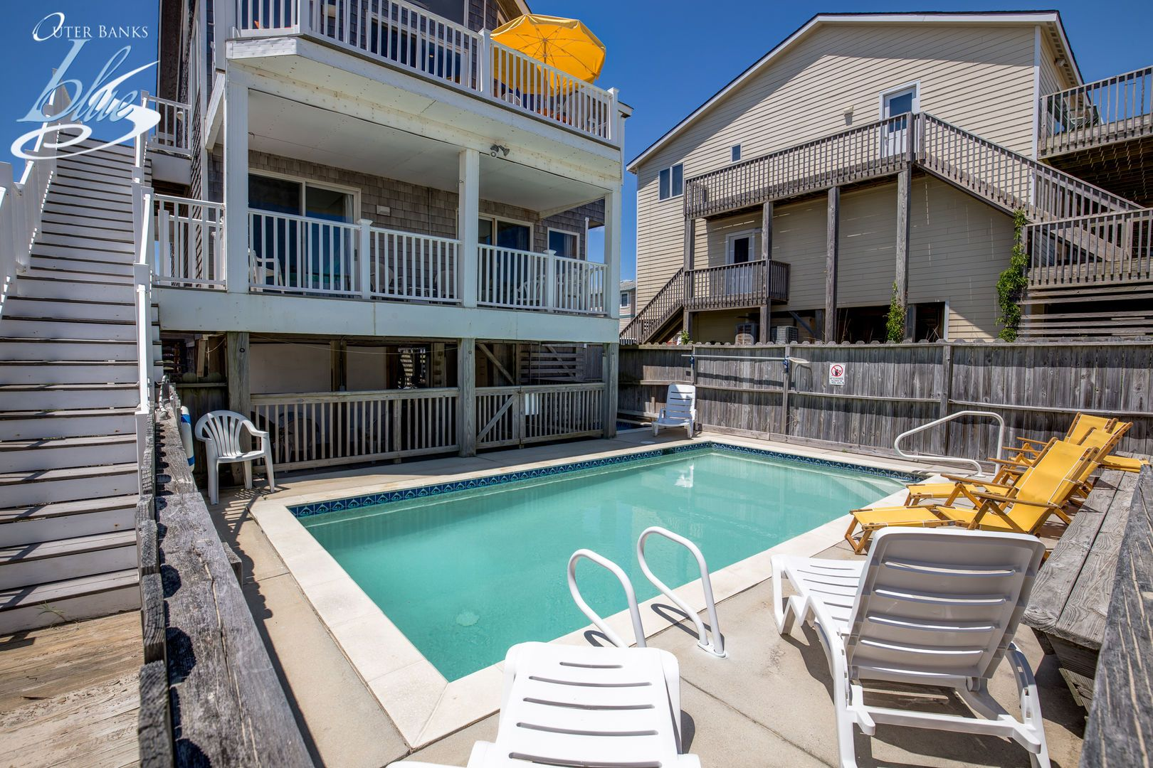 Footloose nags head outer banks blue vacation rental