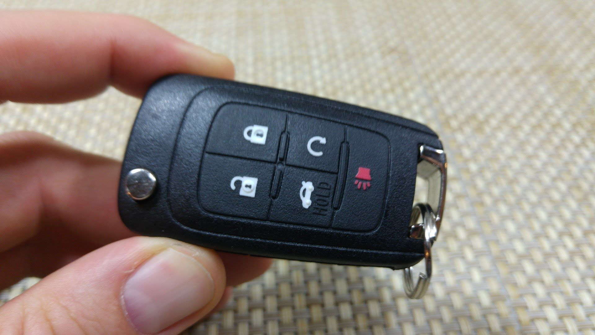 """Silicone 5 Button """"Flip"""" Key Fob Remote Cover Jacket Skin"""