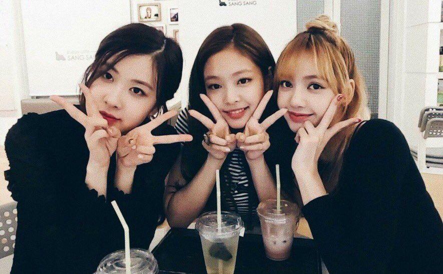 BLACKPINK Rosé, Jennie and Lisa