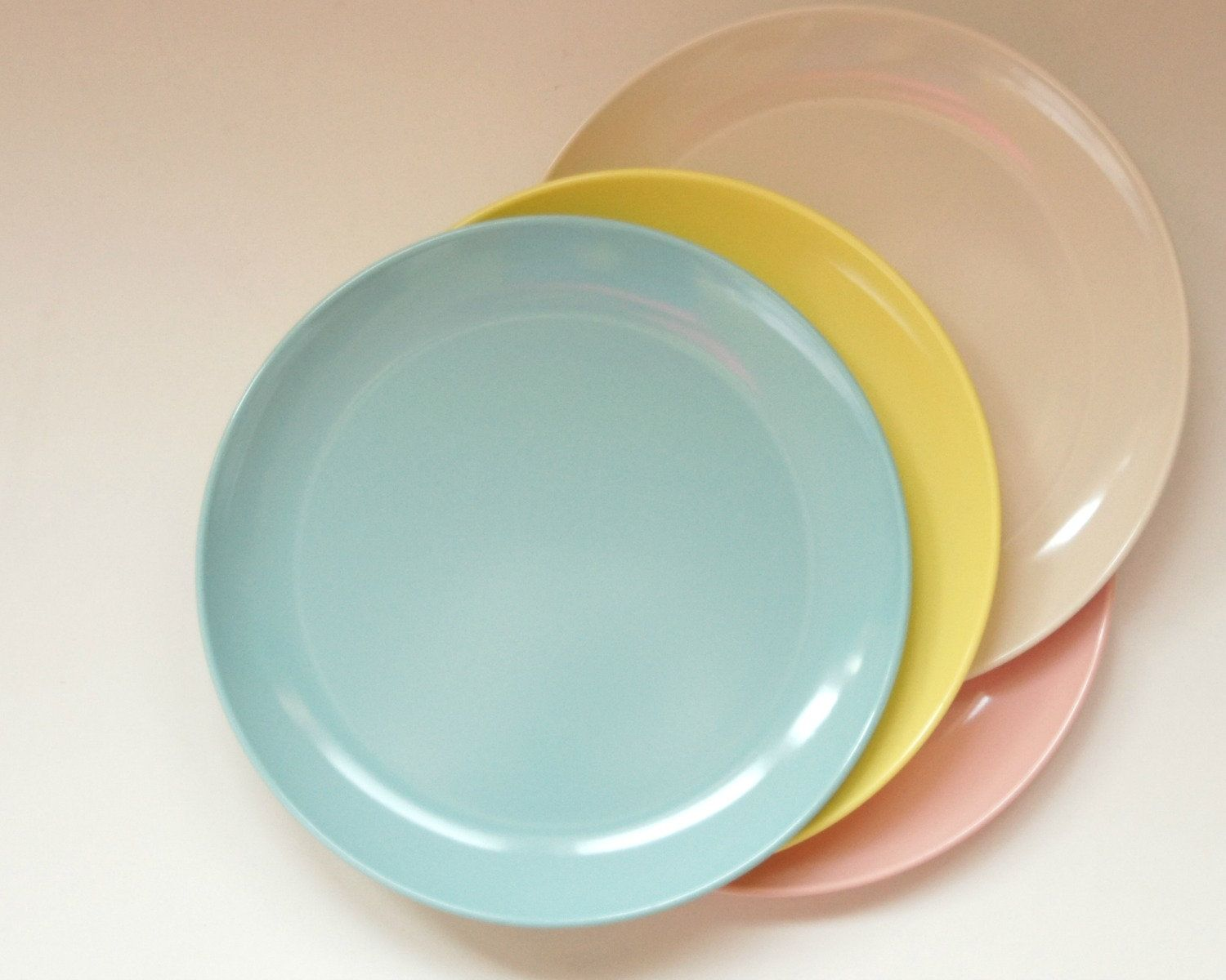 Pastel Melmac Dishes Vintage Melamine Plates Pie Salad Pink Blue Yellow Windsor Marcrest Stetson Plastic By Sentimentalfavorites On Etsy