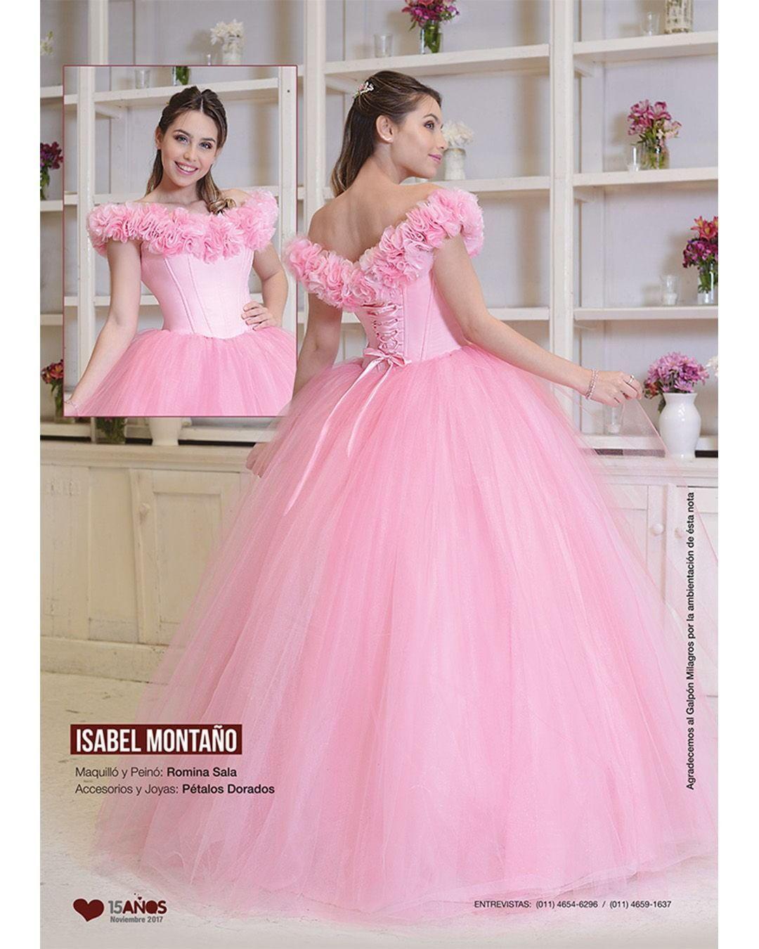 Mira este vestido rosado con esos detalles en los hombros!!! <3 <3 ...