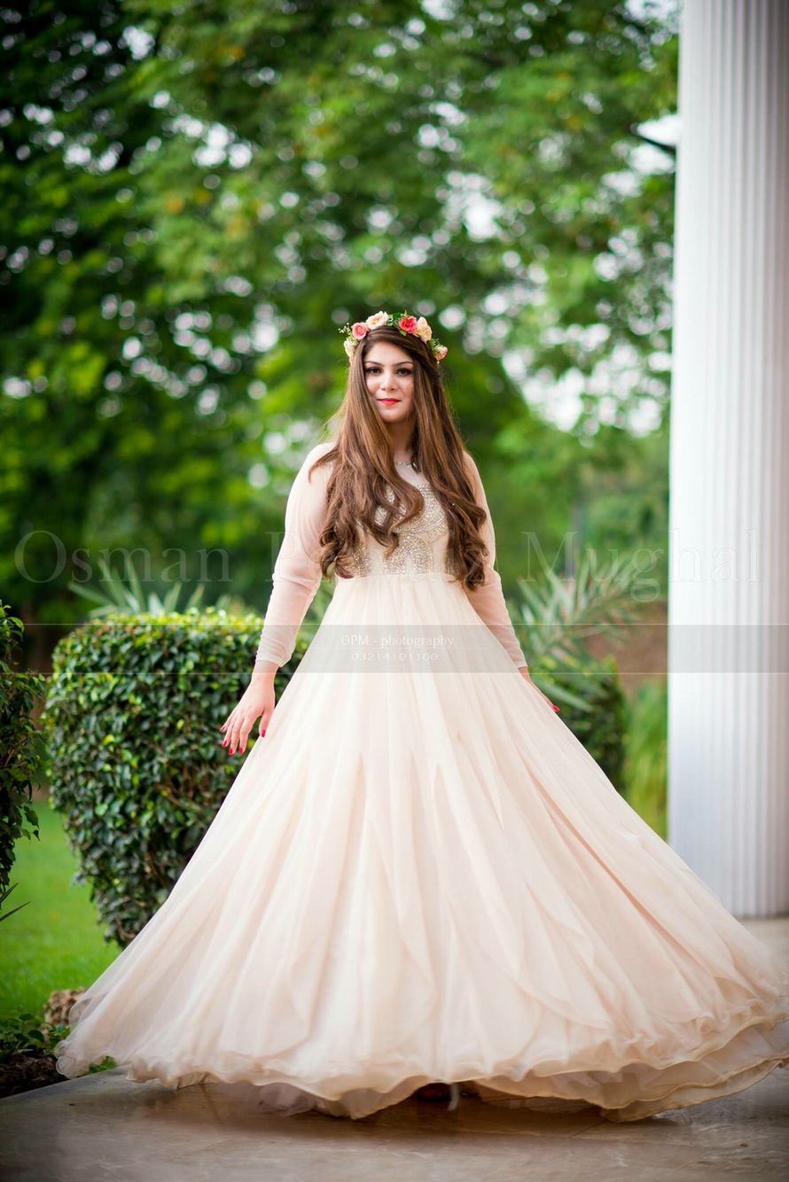 ce60f0ed80eeb Bridal Shower in Pakistan | gown€ in 2019 | Pakistani dresses ...