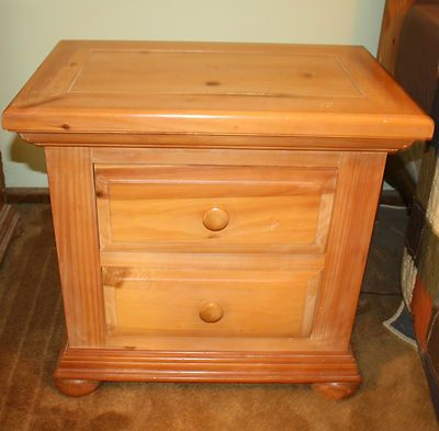 I M Constantly On Craigslist Trying To Find A Broyhill Fontana Nightstand In Decent Condition
