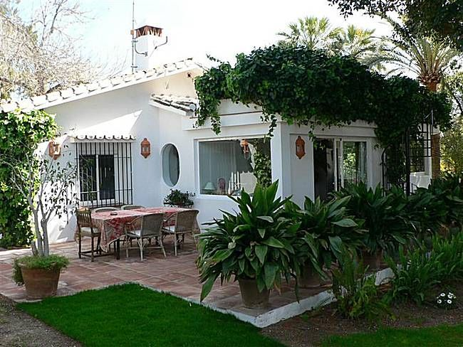 Casas peque as con jardin casas petite y construcci n - Jardines de casas pequenas ...