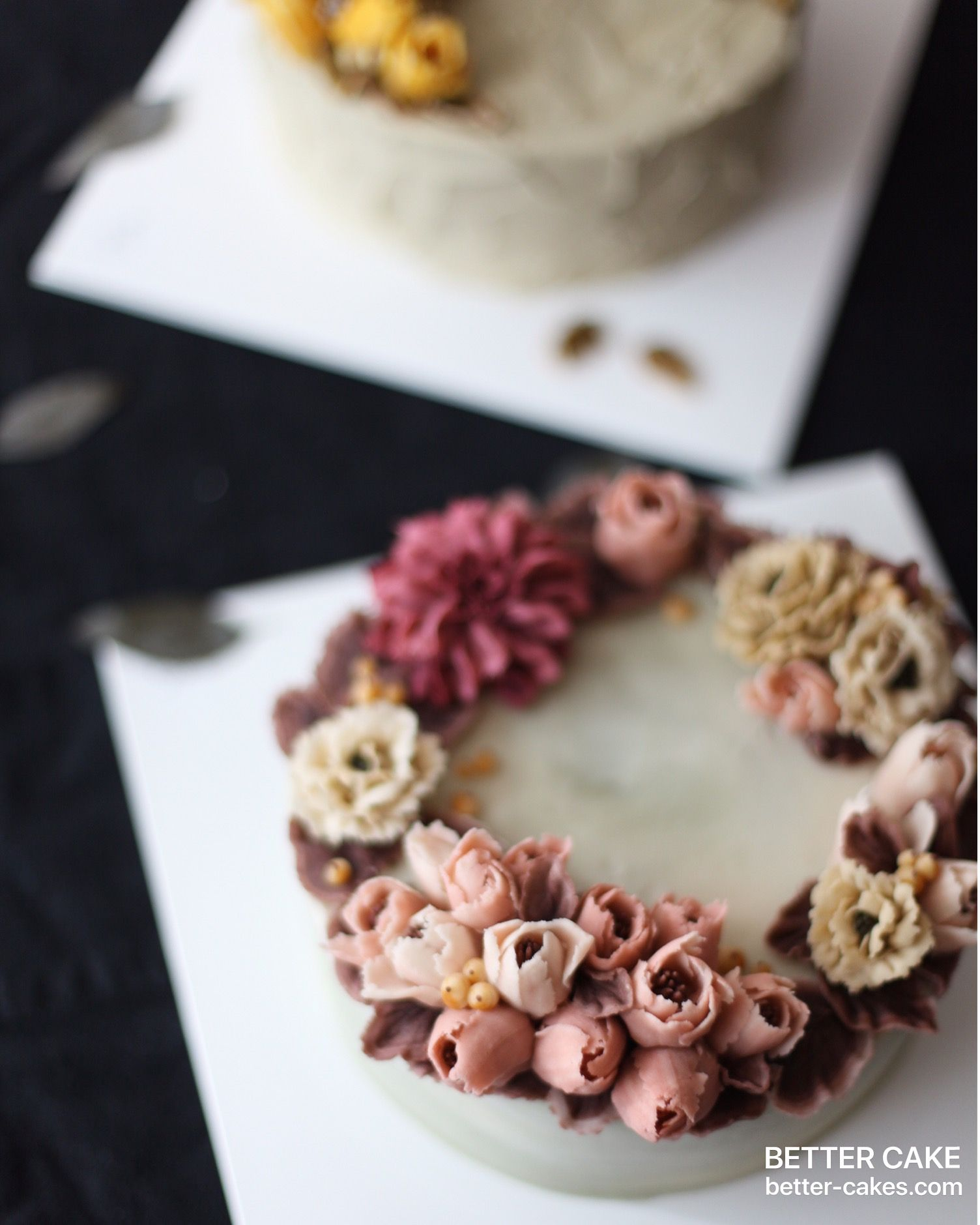 . Done by my student from Japan Beanpaste & Rice cake  Any inquiries about BETTER CLASS, Mailbettercakes@naver.com Linebetter_cake FacebookBetter Cake Kakaotalkleesumin222  #buttercream#cake#베이킹#baking#bettercake#like#버터크림케익#베러케이크#cupcake#flower#꽃#sweet#플라워케익#koreabuttercream#wilton#앙금플라워#ricecake#buttercreamcake#dessert#버터크림플라워케익#follow#beanpaste#koreancake#beautiful#윌튼#instacake#꽃스타그램#떡케이크#instafood#flowercake