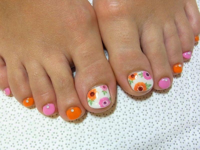 Stylish Pedicure Nail Art Designs For Summer 2012 Pedicure Ideas