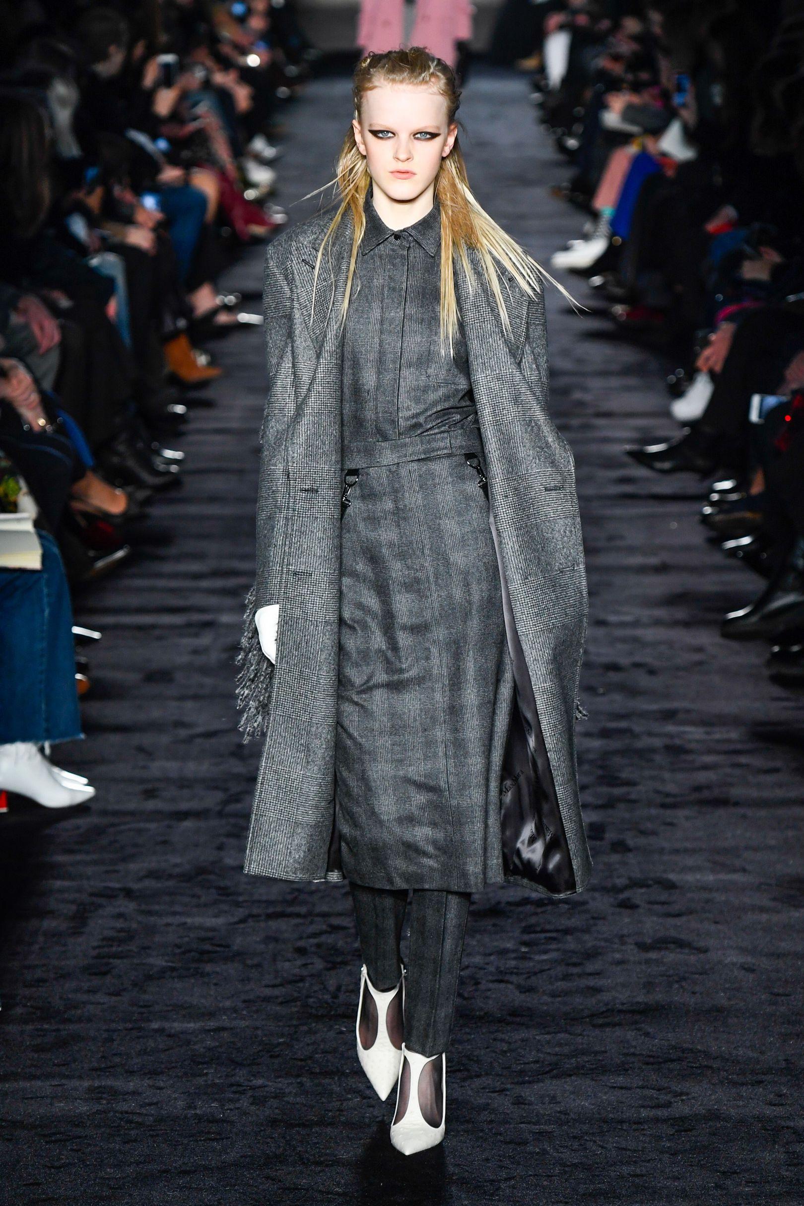 Max Mara Autumn Winter 2018 Ready To Wear  2f923632fc2