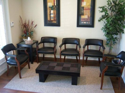Ideas For Small Waiting Room | | Dr Office Waiting Room Make ...