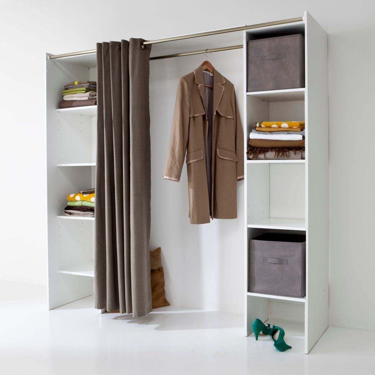 armoire porte coulissante conforama awesome armoire. Black Bedroom Furniture Sets. Home Design Ideas