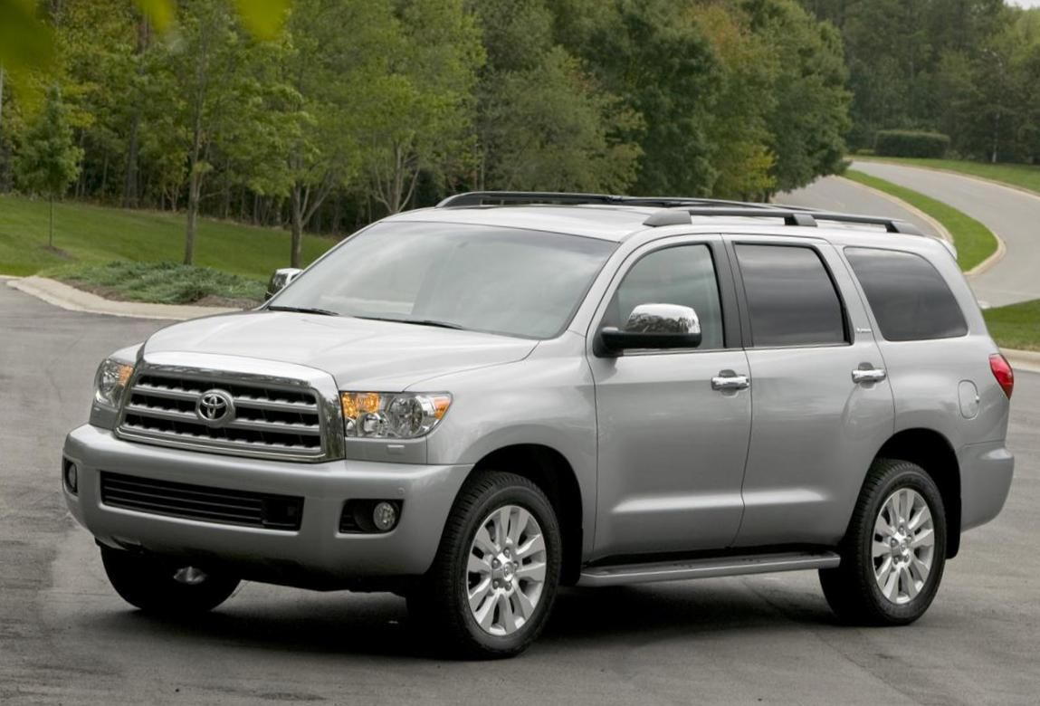 Toyota Sequoia Photos and Specs. Photo: Toyota Sequoia new ...