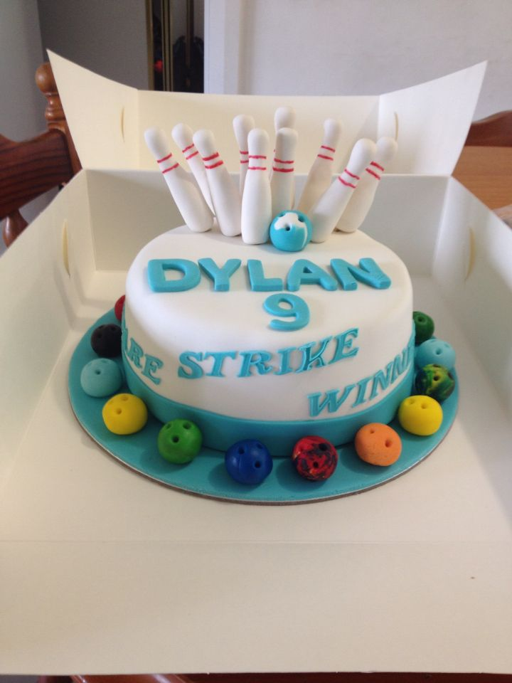 Bowling Theme Cake