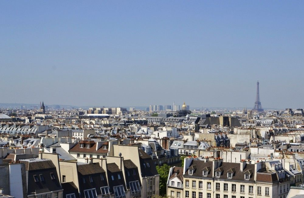 The view over Paris and the Eiffel Tower as seen from the Centre Pompidou #paris #eiffeltower
