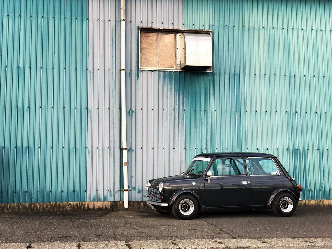町田dulton厚木gallup 巡りそしていつものスーパー屋上笑 gallupがカッコいい倉庫だったので憧れのミニへのリスペクトを込めて お分りの方も多いはず japanmini classic mini classic mini