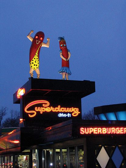 Superdawg - Pictures by Nick Freeman