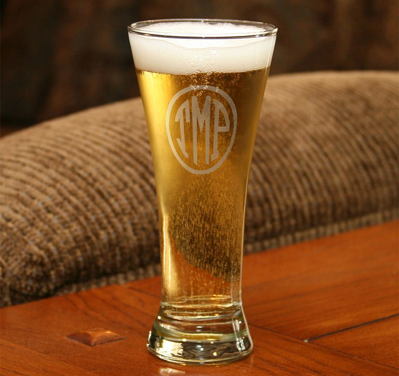 Wedding Attendants Gifts: Circle Monogram Pilsner Glass Makes A Great Gift For Your
