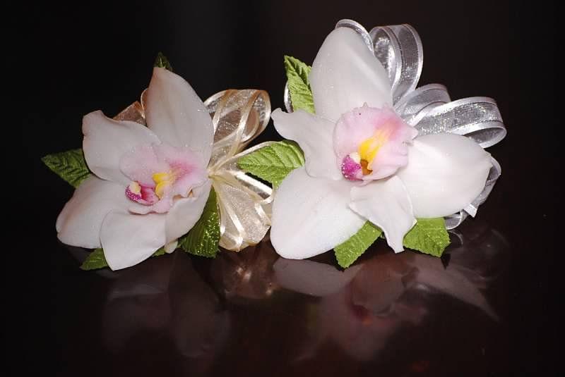Cymbidium Orchid Wrist Corsages: Grandmother Cymbidium Orchid Corsage