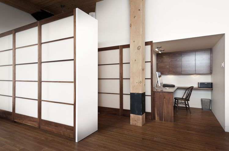 Shoji-inspired storage in 850 square-foot Montreal apartment ...