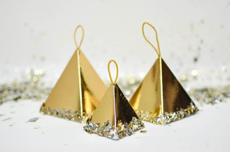 Basteln Mit Goldfolie Weihnachten.Basteln Mit Goldfolie Zu Weihnachten 10 Bezaubernde Ideen