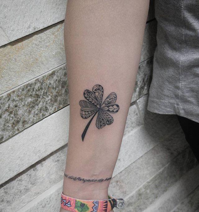 Tatuagem feita por: instagram @weversonwilltattoo  Contato: 86496529 (whatsapp) ou 30427986  Endereço: QNN 23 conjunto O lote 33, segundo andar sala 202, em frente o Iesb da Ceilândia. -FEDERAL INK TATTOO-  #bomdia #boatarde #boanoite #tattoo #tattoos #tatuaje #tatuagem #ink #inked #tattoomachine #brasilia #df #ceilândia #weversonwilltattoo #federalink #federalinktattoo #tatuagemdelicada #tattoo2me