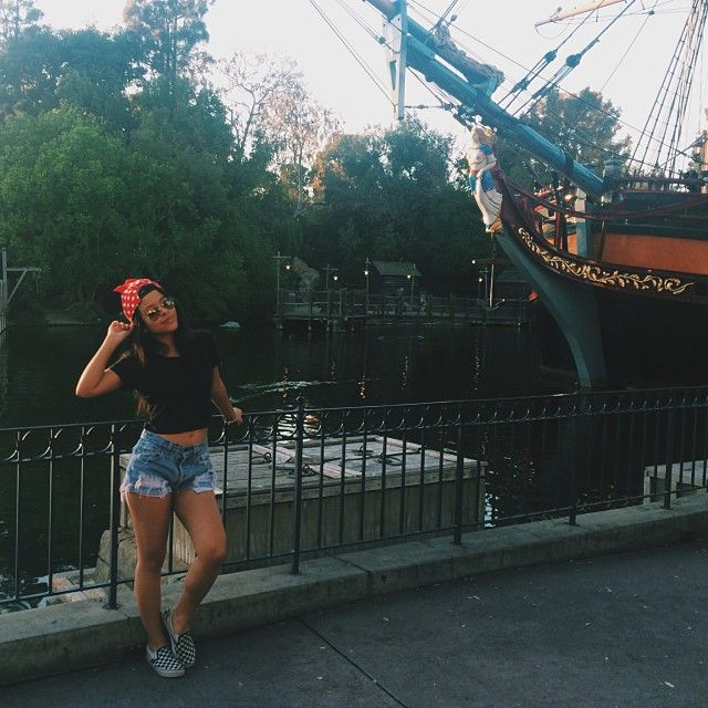 We love Cierra Ramirez's casual Disneyland outfit. She ...