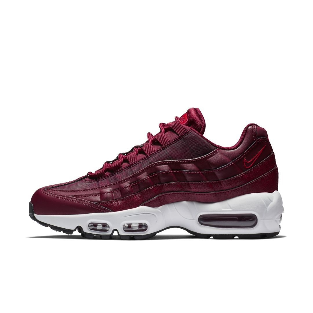 super popular ddd42 114d9 Nike Air Max 95 OG Women s Shoe Size 9 (Team Red)