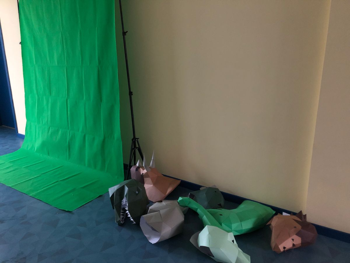 Time Traveling Green Screen In