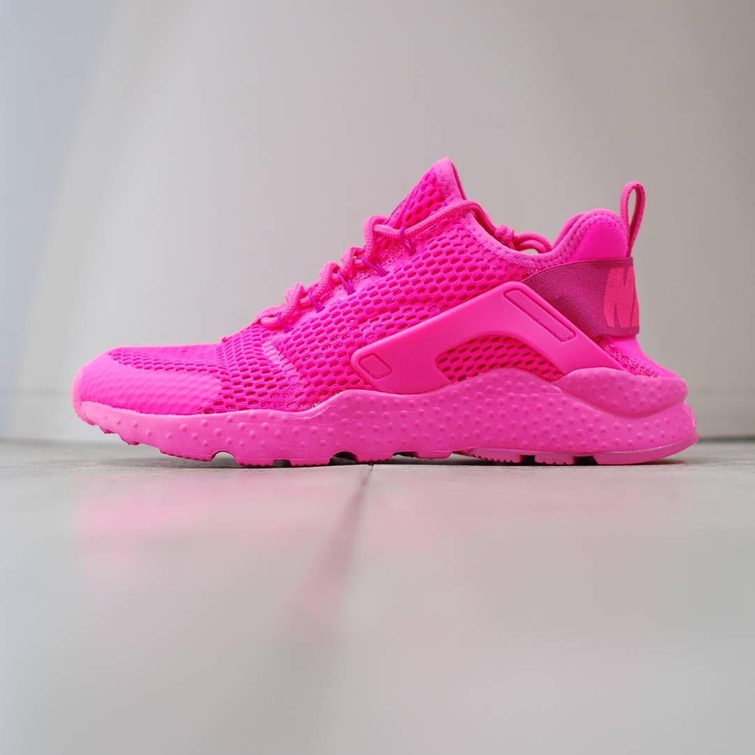 Nike Air Huaraches Girls