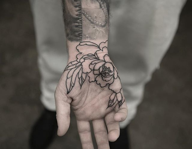 Floral Line Drawing Around Heel Of Hand On Palm Palm Tattoos Tattoos Hand Palm Tattoos
