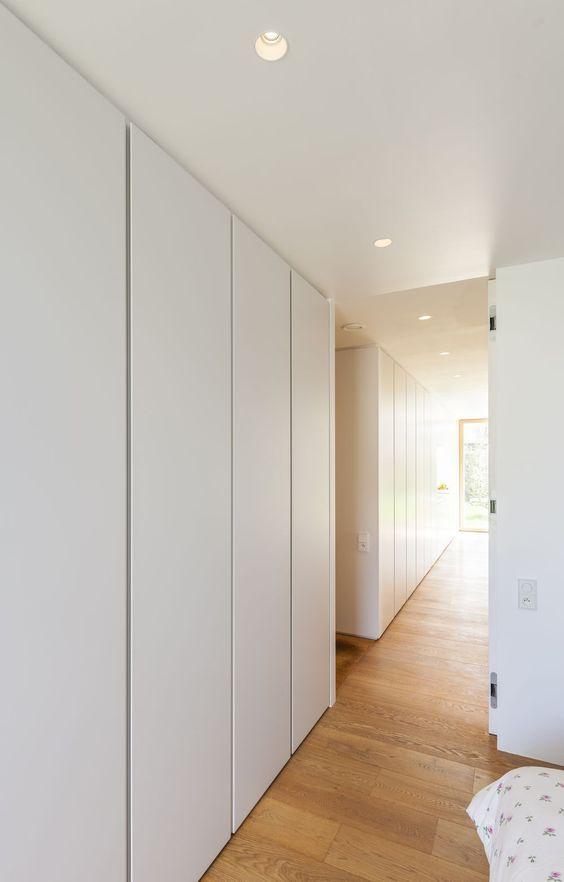 placards encastr s le long du mur nord dressing pinterest. Black Bedroom Furniture Sets. Home Design Ideas