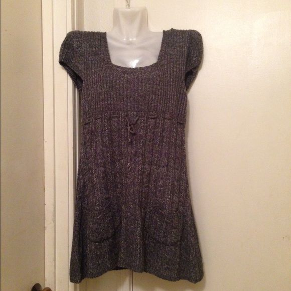 Sweater top Gray, shirt sleeve sweater top J.J. Basics Tops Tunics