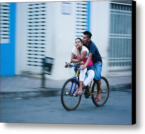 Ukraina gratis dating service. Dating i granada nicaragua.