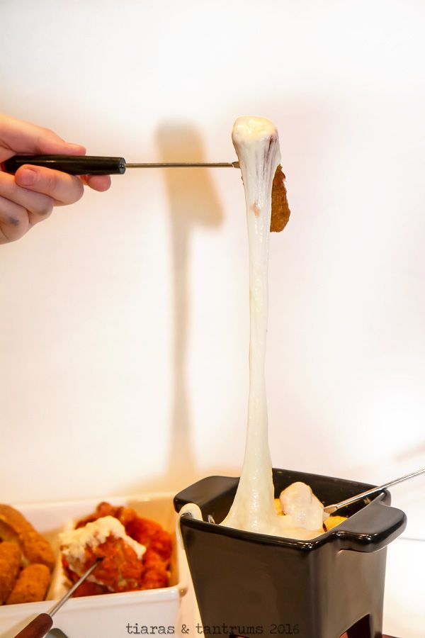 Quick and Easy Cheese Fondue — Tiaras & Tantrums